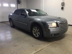 2006 Chrysler 300, new tires, local, clean, low kms!