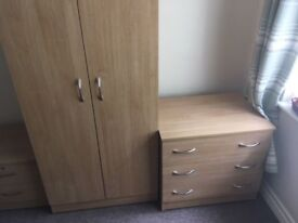 Wardrobe / Chest Drawers / Bedside unit