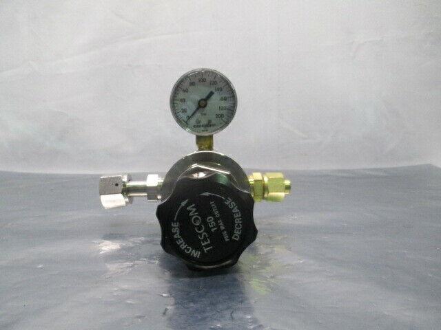 Tescom 44-3213H283-001 Manual Pressure Regulator w/ Gauge, 453806
