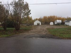 Double lot in Creighton