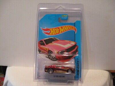 HOT WHEELS 2014 SUPER TREASURE HUNT 2007 FORD MUSTANG