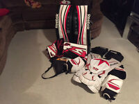 34 + 2 REEBOK P4 Pro and free Chest protector