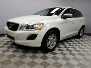 2013 Volvo XC60 T6 R-Design AWD - Local One Owner Trade In | 3M