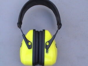 Folding Noise Reduction Earmuff, Stanley