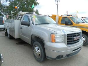 2008 GMC 3500 H/D 4X4 /GENERAL SERVICE BODY WITH AIR TANK
