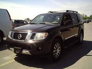 2011 Nissan Pathfinder LE / 7 SEATER / LEATHER / DVD / S-ROOF