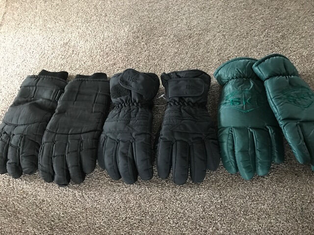 3 x pairs mens skis gloves (price is for all 3)