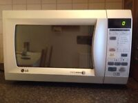 Clean LG Intellowave Microwave