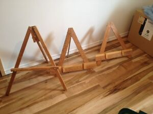 Art easels and painters stand