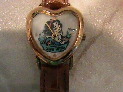 Vintage Disney ~ Snow White TIMEX Watch ~ Heart-Shaped Wristwatch