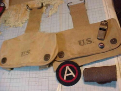 ORIGINAL WWI US LOT POUCHES / PATCH / WHISTLE / BAYONET THROAT / PIN