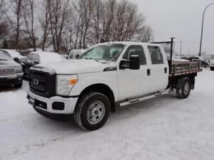 2012 Ford F350 Crew Cab 4x4 9 ft flat deck 81,000 km
