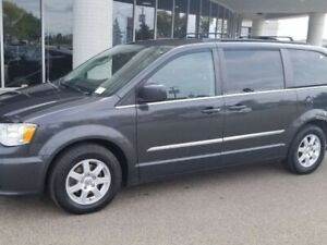 2012 Chrysler Town & Country TOUR; 7PASS, BACKUP CAM, POWER SLID