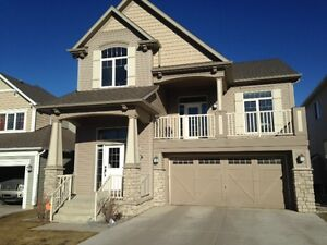 LIVE LIKE A HOMEOWNER WITH YOUR PETS IN AIRDRIE!