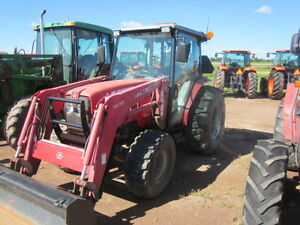 Massey Ferguson 1560 W/ Loader and Factory Cab