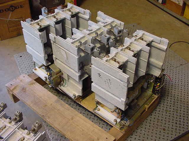 Toshiba-Vacuum-Contactor-Type-Form CV-5HA 5000-Volts-400-Amps-120-V-Coil