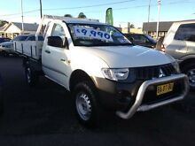 2008 Mitsubishi Triton ML MY08 GL White 5 Speed Manual Cab Chassis Broadmeadow Newcastle Area Preview