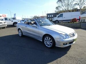 2005 Mercedes-Benz CLK350 A209 MY06 Elegance Silver 7 Speed Sports Automatic Cabriolet Nowra Nowra-Bomaderry Preview