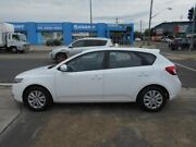 2013 Kia Cerato TD MY13 SIR White 6 Speed Sports Automatic Hatchback Fyshwick South Canberra Preview