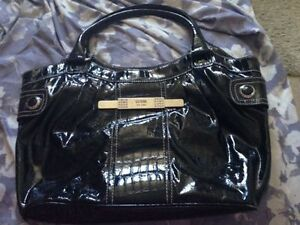 REDUCED LARGE GUESS PURSE AND WALLET
