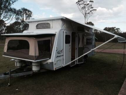 #1819 Jayco 2010 expander 18' shw A/C 8 bth? Solar/Battery pack Valentine Lake Macquarie Area Preview