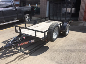 2015 Maxey 5x10 flat deck trailer with loading ramp