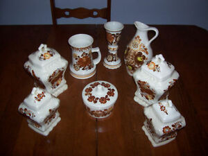 Handcrafted Kitchen Pottery