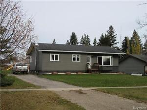 Central location for 3 BR home in Hamiota MB