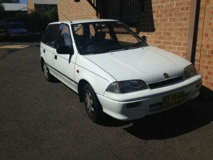 1992 Holden Barina MH GS White 3 Speed Automatic Hatchback Woodbine Campbelltown Area Preview