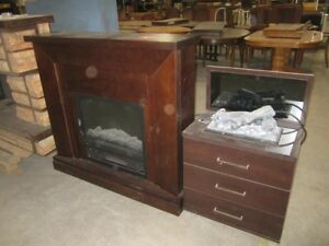 2 Electric fireplaces - 6895O
