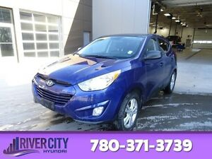 2013 Hyundai Tucson AWD GL PREMIUM Heated Seats,  Sunroof,  Blue