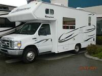 2011 SMALLER  MOTOR HOME PERFECT FOR A COUPLE OR FAMILY OF 4