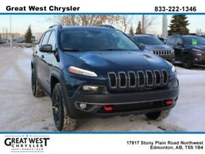 2018 Jeep Cherokee TRAILHAWK**OFF-ROAD WHEELS**NAV**HEATED SEATS