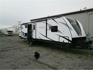 2017 Dutchmen Kodiak Ultimate 330BHSL,Out kitchen,3Slides!$44995