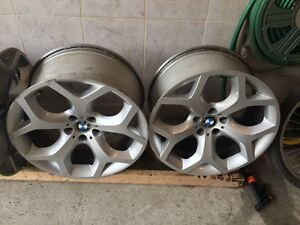 "BMW X5  20"" orginal mags clean raer size 315, front size 275"