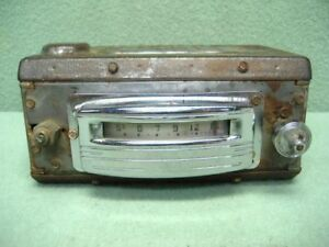 willys jeep  pickup jeepster  6 volt am radio wanted