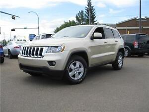 2011 Jeep Grand Cherokee Laredo LOW LOW PAYMENTS