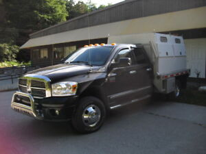 2008 DodgeRam 3500 1 ton dually Laramie Pickup Truck