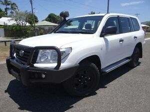 2013 Toyota Landcruiser VDJ200R MY13 GX (4x4) White 6 Speed Automatic Wagon Bungalow Cairns City Preview