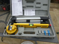 LASER SPIRIT LEVEL WITH TRIPOD