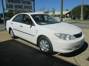 2004 Toyota Camry White Automatic Sedan