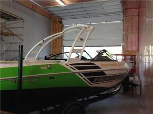 MOOMBA Boat Demo sale