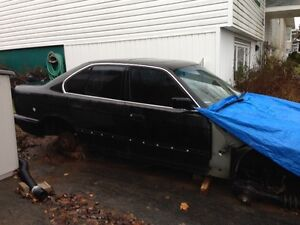 Last Chance Before It Goes: 1995 BMW 525 Parts