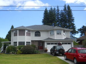 WoW... Immaculate Royston Home. Views/Suite/Garage
