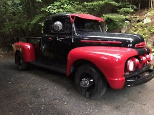 1951 FORD F-6