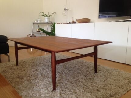 PARKER Coffee table *FREE local Northern Beaches delivery* Narraweena Manly Area Preview