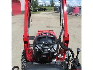 New TYM T354 - 35 HP Ranch Tractor w. ROPS & Front Loader Edmonton Edmonton Area image 12
