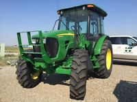JOHN DEERE PREMIUM 5075M CAB TRACTOR WITH ONLY 23 HOURS
