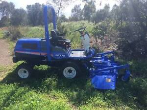 """ISEKI SF370 OUTFRONT MOWER with SSM72 72"""" Side Discharge Deck. Aldinga Morphett Vale Area Preview"""