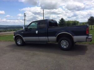 2002 Ford F-250 Super Duty (81,400 kms)